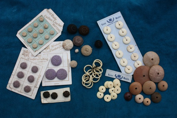 Buttons Molds